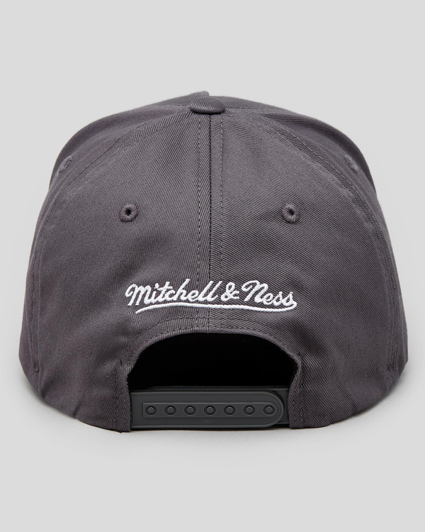 Mitchell & Ness Chicago Bulls Laguna Cap for Mens image number null